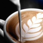 FRANKE_S700_semi-automatic_perfect_latte-art_2000x1500px.1524031975933